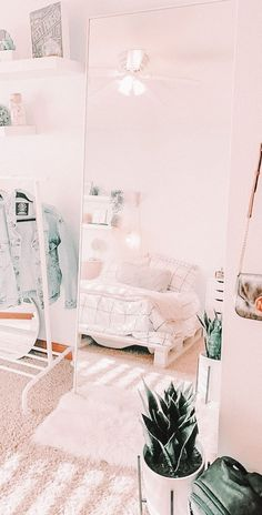 Cute Bedroom Decor, Bedroom Decor For Teen Girls, Room Ideas Bedroom, Stylish Bedroom, Teen Room Decor, Bedroom Inspo, Teen Bedroom, Dorm Room Designs, Girl Bedroom Designs
