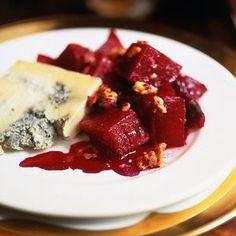 Salata de sfecla rosie si nuci  - www.Foodstory.ro