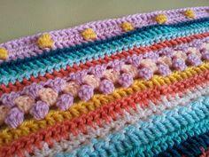Crochet along 2014 - week 9. Bobble stitch. So nice ♡