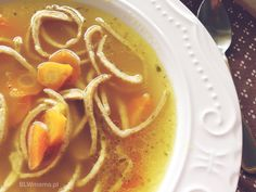 Pumpkin SOUP and homemade egg noodles … from the pan. BLW – BLW from the kitchen. Child development through food. Homemade Egg Noodles, Pumpkin Soup, Thai Red Curry, Eggs, Ethnic Recipes, Kitchen, Diet, Butternut Squash Soup, Squash Soup