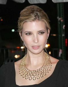 The Case Of Ivanka Trump And Her Magically Color-Changing Eyes Ivanka Marie Trump, Ivanka Trump Photos, Ivanka Trump Style, Trump Kids, Trump Children, Plastic Surgery, Most Beautiful Women, Donald Trump, Fashion Accessories