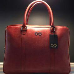 http://www.l4ove.com/index.php/en/shop/handbags/fl-executive-epona-detail