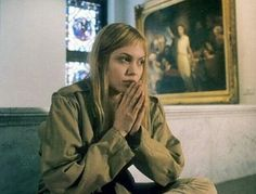 """""""Girl, Interrupted"""" Angelina Jolie as Lisa Rowe Girl Interrupted Movie, Angelina Jolie Girl Interrupted, Angelina Jolie Movies, Persian Girls, Cindy Crawford, Trends, Movies Showing, Good Movies, Movie Tv"""
