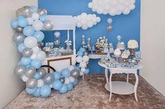 Que tal fazer uma linda Festa Balões para comemorar a festa do seu filho? Uma decoração de Scotti Produções. Lindas ideias e muita inspiração! Bj...