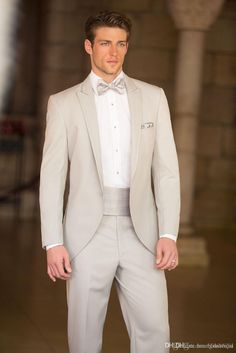 Customize Elegant Bridegrom Gray Morning Suit Wedding Tuxedo For Men Groom Wear Suits Includejacket waistcoat pants3191