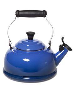 le creuset whistling teakettle