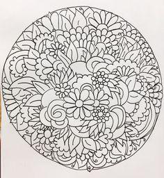Semana 8 - Mandala 1  Mi centro en Flores - Blanco y Negro