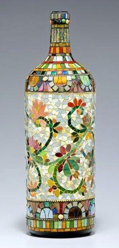 Mosaico produzido com pastilhas de vidro