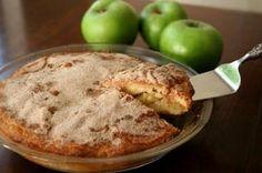 Aprenda a fazer um bolo de maça para acompanhar com um bom café, é muito fácil!