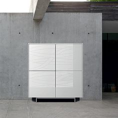White glossy and high quality 'Jake' sideboard. Luxury design and materials. Perfect for every room. My Italian Living
