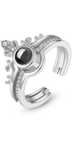 Are you a princess? Show it off with this romantic crown ring. #royal #royalty #crown #princess #queen #jewelry #rings