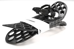 Product render of Pivots very own Fimbulvetr snowshoes