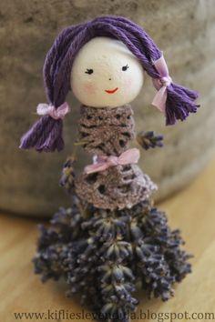 lavender ladies…how cute – BuzzTMZ Lavender Crafts, Dried Lavender Flowers, Lavender Bags, Lavender Scent, Lavender Cottage, Lavender Garden, Diy And Crafts, Crafts For Kids, Arts And Crafts