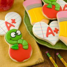 Apple Bookworm Cookies by Semi Sweet Designs Apple Cookies, Iced Cookies, Royal Icing Cookies, Cookies Et Biscuits, Sugar Cookies, Frosted Cookies, Cake Cookies, Hedgehog Cookies, Dinosaur Cookies