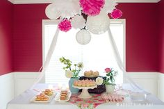 Sweet pink and lace baby shower!Like the lace hanging balls. Lace Baby Shower, Butterfly Baby Shower, Baby Shower Vintage, Baby Shower Dresses, Baby Shower Signs, Baby Shower Fun, Girl Shower, Baby Shower Party Favors, Baby Shower Parties