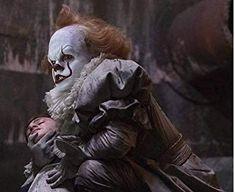 "Pennywise The Dancing Clown 🎈"" Pennywise 1990, Pennywise The Dancing Clown, Scary Movies, Horror Movies, Geek Movies, Indie Movies, Action Movies, Jay Ryan, Bill Skarsgard Hemlock Grove"