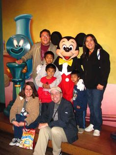 The easiest way to get a photo with Mickey Mouse is by visiting his home at Toontown near closing time. | 35 Insider Hacks For Taking Your Kids To Disneyland