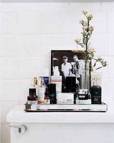 bathroom display storage