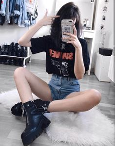 """ ᴮᴱ ᵞᴼᵁᴿˢᴱᴸᶠ "" - Outfit Center Edgy Outfits, Grunge Outfits, Cool Outfits, Summer Outfits, Fashion Outfits, Punk Fashion, Grunge Fashion, Womens Fashion, Fashion Fashion"