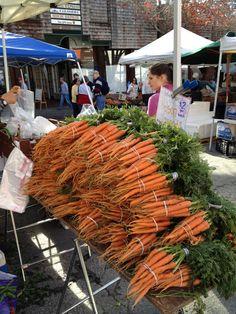 Fresh carrots at a Northern California Farmer's Market.