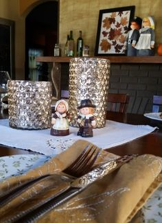 Upcycle crafts for the thrifty home Pilgrims, Upcycled Crafts, Thanksgiving Decorations, Fall Season, Warm And Cozy, Fall Decor, Grateful, Bottles, Autumn