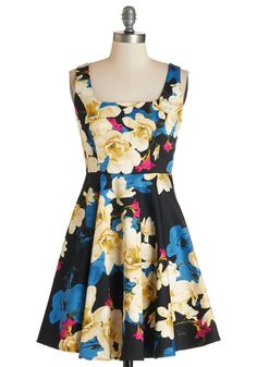 Very Charming Dress in Rich Floral