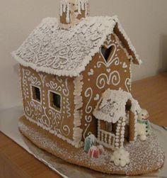 Nice curlicues and twirls. Pieni piparkakkutalo - Sokerikeiju - Vuodatus.net Gingerbread Houses, Biscuits, Centerpieces, Nice, Winter, Christmas, Inspiration, Food, Crack Crackers