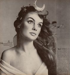 Artemis (Greek) - The Greek Goddess of the hunt, nature and birth. This maiden Goddess is symbolized by the crescent moon. (Jean Shrimpton by Richard Avedon, Jean Shrimpton, Look Vintage, Vintage Beauty, Vintage Fashion, Vintage Moon, Retro Fashion, High Fashion, Womens Fashion, Twiggy