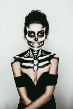Skull | Skeleton Halloween Makeup