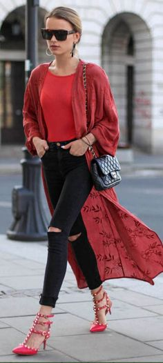 #spring #summer #street #style #outfitideas | Rouge et Noir | Maffashion
