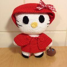 *simpatico pupazzetto nelle vesti di cappuccetto rosso*