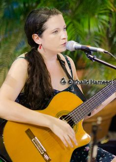 Rebecca Zapen. Would Your Significant Other Carry Your Across A Swamp Pit? http://RebeccaZapen.CreatingCalmNetwork.com Sit back and enjoy this musical conversation between Ann White, founder of the Creating Calm Network and singer, songwriter Rebecca Zapen about her family, her music and her inspirations. Rebecca is a talented, versatile musician with a butter cream voice - spanning many genres of music. You can find more of Rebecca at www.Zapen.com