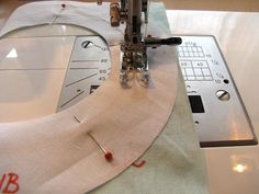 SEWING: finishing facings and helical strips Diy Projects To Try, Sewing, Facebook, Patterns, Clothing, Fashion, Block Prints, Outfits, Moda