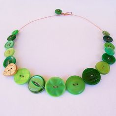Lush Green vintage button necklace with wooden leaf by Minski