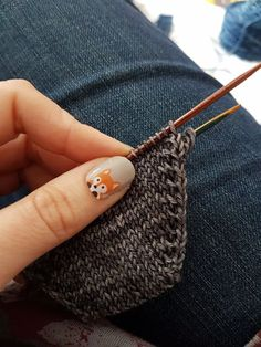 Try a different toe increase. — Louise Tilbrook Designs If you like toe-up socks as much as I do, why not try a different type of toe increase? Crochet Socks, Knit Or Crochet, Knitting Socks, Knitting Stitches, Hand Knitting, Knitting Patterns, Crochet Pattern, Knit Socks, Knitted Slippers