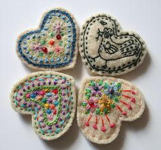 Fabric Art, Fabric Crafts, Sewing Crafts, Felt Embroidery, Embroidery Patterns, Embroidery Hearts, Diy Broderie, Felt Brooch, Brooch Pin