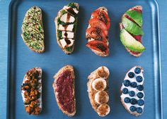 8 delicious and easy vegan toast topping ideas!   #Vegan smørrebrød (Danish Open Sandwich)   www.greensofie.com Sandwich Spread, Sandwich Ideas, Wedding Menu, Avocado Toast, Sandwiches, Vegan, Breakfast, Danish, Ethnic Recipes