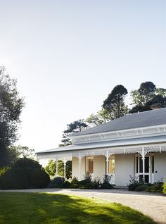 A remarkable restoration and renovation for one of Mansfield's oldest Victorian properties, by Templeton Architecture. Australian Country Houses, Australian Homes, Australian Architecture, Architecture Photo, Modern Architecture, Exterior Cladding, Country Style Homes, Modern Country Style, The Design Files