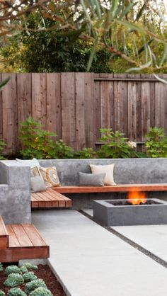 Looking for a patio design for your home's backyard? , we will provide you with the best inspiration for your patio design. Outdoor Fire, Outdoor Seating, Outdoor Rooms, Outdoor Gardens, Outdoor Living, Outdoor Decor, Outdoor Photos, Outdoor Plants, Outdoor Ideas