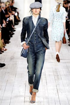 Ralph Lauren Spring 2010 RTW - Runway Photos - Fashion Week - Runway, Fashion Shows and Collections - Vogue Denim Fashion, Look Fashion, Fashion Show, Runway Fashion, Korean Fashion, Ralph Lauren Style, Ralph Lauren Collection, Ralph Lauren Jeans, Elegante Y Chic