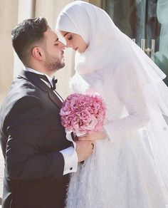"485 Likes, 8 Comments - Muslim Wedding Inspo (@muslimweddinginspo) on Instagram: ""This dress is so beautiful!! ❤❤ #muslimwedding #islam #muslim #hijabstyle #hijabibride #hijabbride…"""