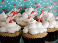 Rootbeer float cupcakes. (try these using rootbeer schnapps. Mmmmm.)