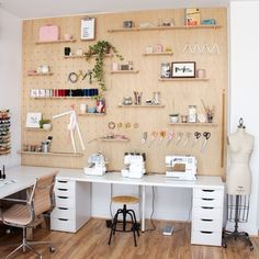 If you're looking for sewing room setup ideas and inspiration, here are 20 of our favorite ways to decorate and organize the sewing room! Sewing Room Design, Sewing Room Decor, Craft Room Design, Sewing Room Organization, My Sewing Room, School Organization, Sewing Studio, Bedroom Decor, Small Sewing Rooms