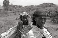 FACEscapes: On the road to Arba Minch, Ethiopia