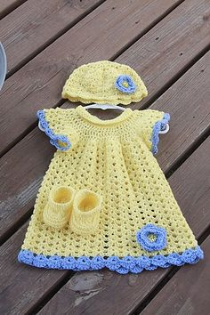 Easy Crochet Baby Dress Models – Knitting And We Crochet Dress Girl, Baby Girl Crochet, Love Crochet, Beautiful Crochet, Knit Crochet, Crochet Dresses, Easy Crochet, Crochet Baby Sweaters, Crochet Baby Clothes