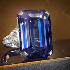 Sensational Sapphire The House of Graff is renowned for exceptional diamond and gemstone jewels, beautifully exemplified by this ring featuring a 30.82 carat emerald cut sapphire. #GraffDiamonds #Sapphire #SapphireRing #FineJewellery @graffdiamonds #graffgasm #gimmegraff
