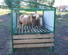 wooden hay feeders for horses - Bing Images Hay Feeder For Horses, Horse Feeder, Horse Stalls, Horse Barns, Monster House, Horse Training, Horse Stuff, Fencing, Pets