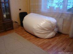 Eu Amo Artesanato: Pufes com moldes Furniture Making, Wood Furniture, Bean Bag Pattern, Patterned Chair, Diy Home Crafts, Bean Bag Chair, Bed Pillows, Design, Home Decor