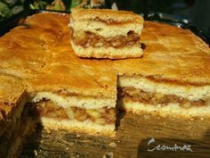 Jablkový koláč s marhuľovým džemom (fotorecept) - obrázok 7 Ale, Sandwiches, Food, Basket, Beer, Meal, Ale Beer, Ales, Hoods