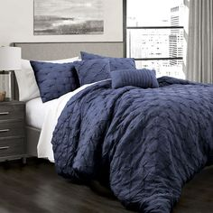 Ravello Pintuck Comforter Navy Set King - Lush Decor Ravello Comforter Set features gorgeous hand tucking detail on crinkle Microfiber. Complete with two matching shams and two matching decorative pillows, this super soft bedding Luxury Comforter Sets, Queen Comforter Sets, Bed Sets, Plum Bedding, Navy Blue Comforter, Brown Bedding, Black Bedding, Master Bedroom, Bedroom Decor